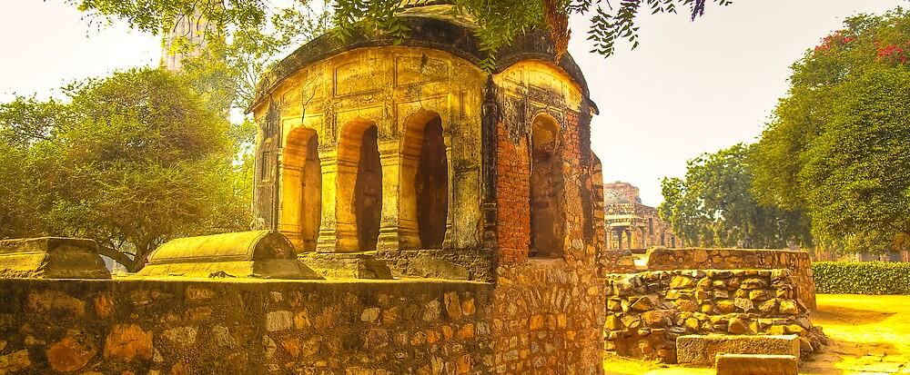 North India - Qutab Minar - New Delhi by Geoffrey Thomas