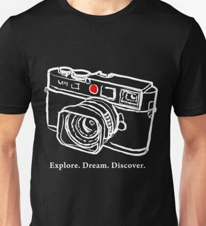 Leica M9 red dot rangefinder camera T-Shirt Unisex T-Shirt