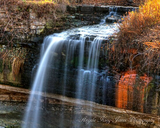 Minnehaha Falls by Angela King-Jones