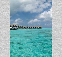 a sprawling Maldives landscape Unisex T-Shirt
