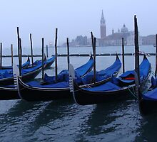 Waiting for the tourists.Venice by lindart48