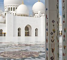 Sheikh Zayed Grand Mosque. by Freelancer