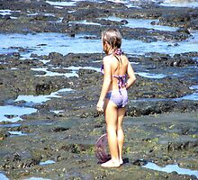 Exploring the tide pools at Kona....... by DonnaMoore
