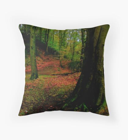 auturm trees Throw Pillow