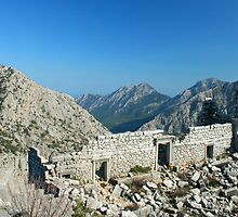 High altitude ruins  by zumi