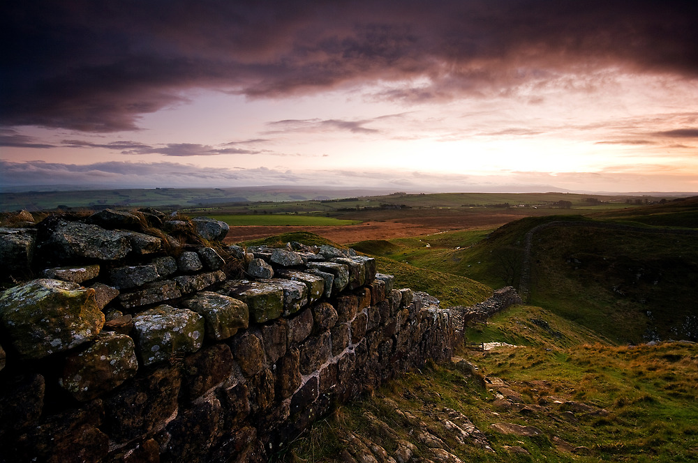 HADRIANS WALL by STEVE  BOOTE