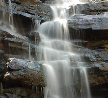 Little Falls - Brisbane Water National Park NSW by CasPhotography