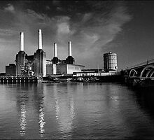 Battersea Power Station, London by aldogallery