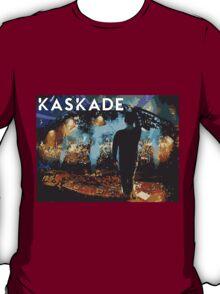 Kaskade points at stuff T-Shirt