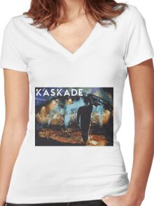 Kaskade points at stuff Women's Fitted V-Neck T-Shirt