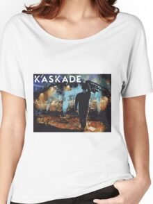 Kaskade points at stuff Women's Relaxed Fit T-Shirt