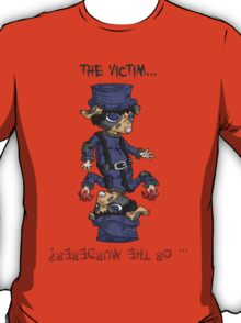 detective bottombee: the victim... or the murderer? (flip edition) T-Shirt