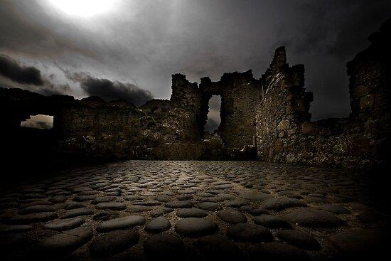 Ruins Of Dunluce by StuartGLoch
