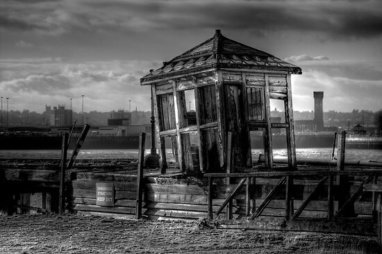 Old Liverpool Ferry Ticket Office by Dave Hepworth