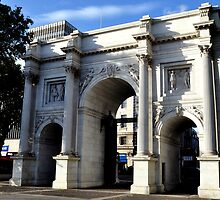 Marble Arch, London by Pat Herlihy