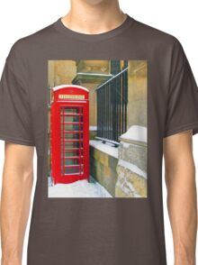 Vintage telephone box Classic T-Shirt