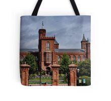 Smithonian Castle, Washington DC Tote Bag