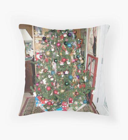 Ready for Santa!! Throw Pillow