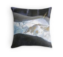 cable rupture Throw Pillow