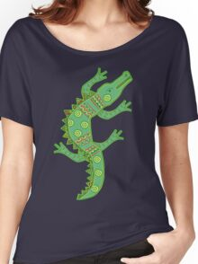 Green crocodile with floral pattern Women's Relaxed Fit T-Shirt