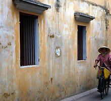 Vietnam - H?i Han by Thierry Beauvir