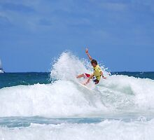 Ripping the Surf - Narraneck - Gold Coast by Anthony Wilson