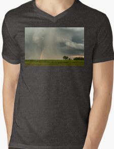 Stormin Rainbow Mens V-Neck T-Shirt