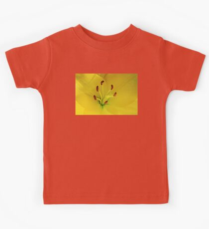 Yellow Lily Macro Kids Tee