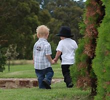 Friends by KeepsakesPhotography Michael Rowley