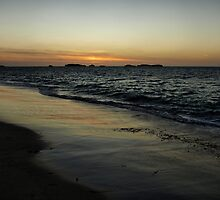 Sundown Shoalwater by Jon Staniland