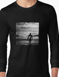 Heading Out - B&W Halftone Long Sleeve T-Shirt