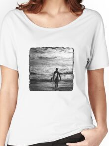 Heading Out - B&W Halftone Women's Relaxed Fit T-Shirt