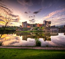 Caerphilly Castle by ajcronin