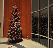 Christmas Tree- South Tower Atrium by mltrue