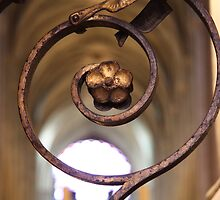 Notre-Dame Fleur by Camilla