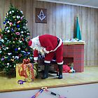 Alki Lodge Santa 2337 by Kristin Bennett