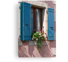 Fenêtre sur rue Canvas Print