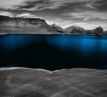 Liquid Blue by Tom Fant