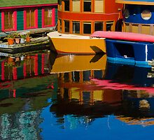 Houseboats by Dennis  Roy Smigel