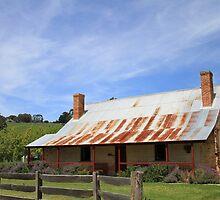 Cascade Colonial Cottage, Koonya by Leesa Harrison