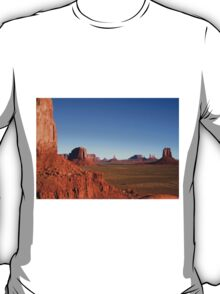 Magnificent Monument Valley, Arizona T-Shirt