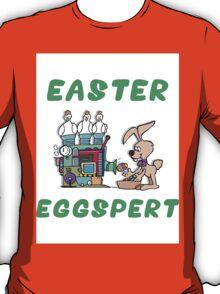 """Happy Easter """"Easter Eggspert"""" T-Shirt"""