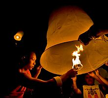 Loy Krathong Monk and Lantern by chipolson