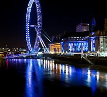 The London eye by Mario Curcio