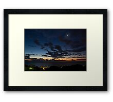 Prime luci del giorno Framed Print