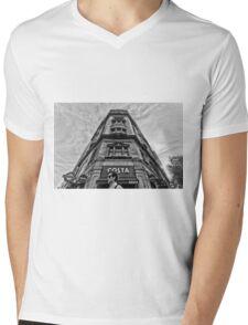 Holborn Tube Station Mens V-Neck T-Shirt