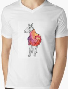 Psychedelic sheep: Blue Faced Leicester, red/violet Mens V-Neck T-Shirt