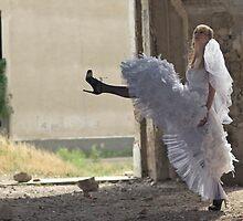 Marching Bride by mrKIO