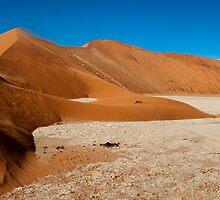 Sossusvlei | Namibia by Olwen Evans