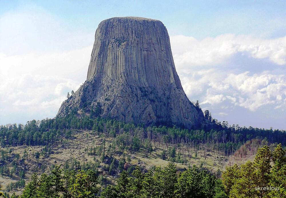 Devil's Tower, Wyoming by skreklow